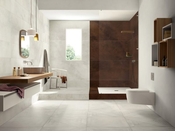 mansion-wood-look-bathroom-tiles